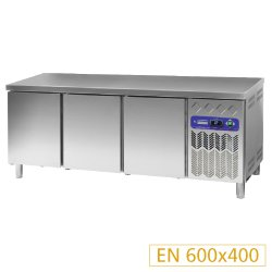 Table frig. vent. 3 PORTES 550L.