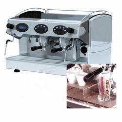 ENSEMBLE MACHINE A CAFE EXPRESSO + ADOU. D'EAU